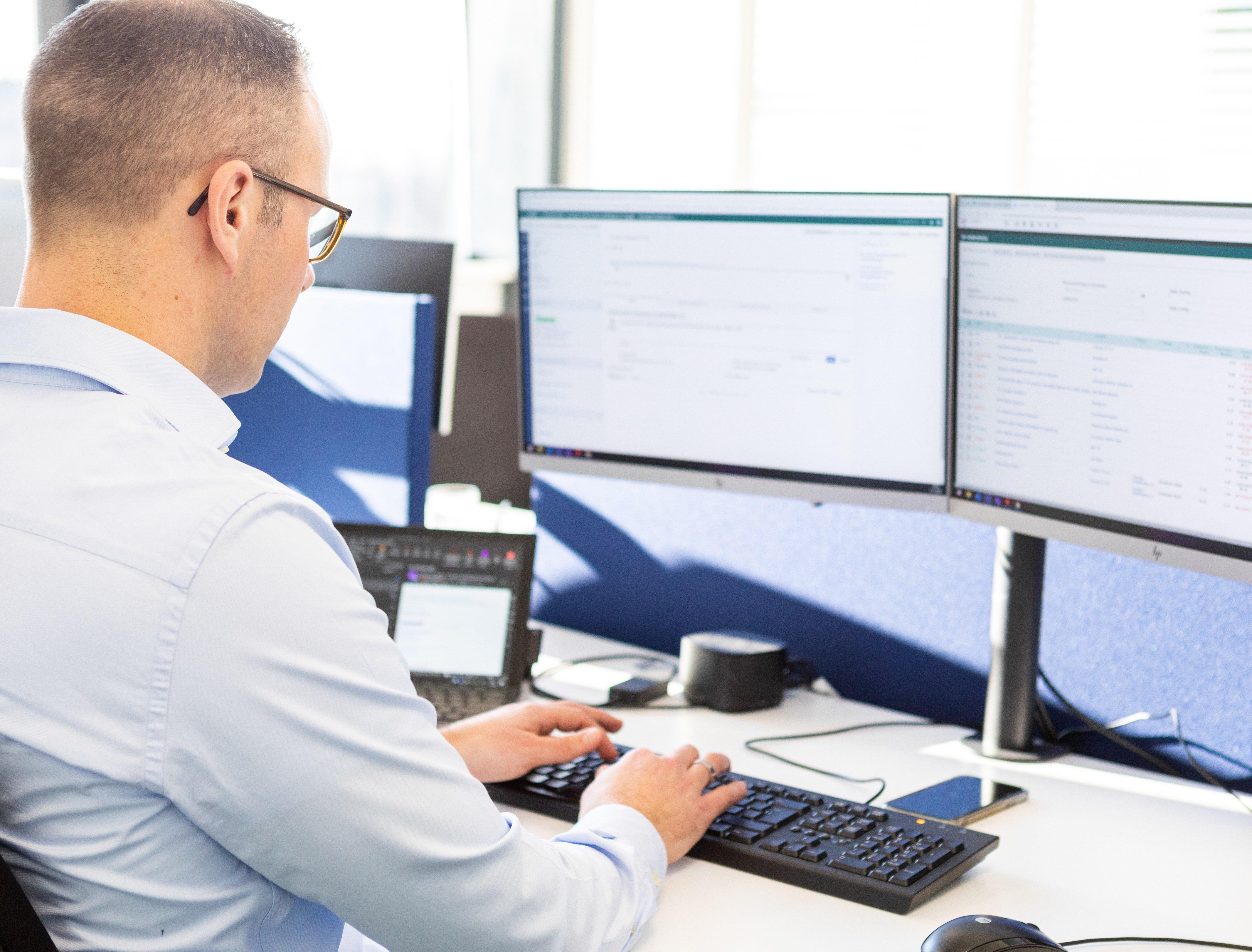 ICT Security   Fourtop ICT Download